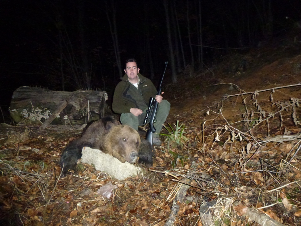night-international-hunting
